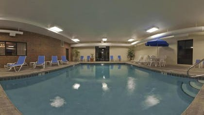 Indoor Pool | Holiday Inn Express Hotel & Suites Kent State University