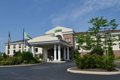 Featured Image | Holiday Inn Express Hotel & Suites Kent State University
