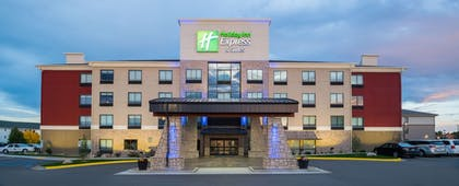 Featured Image | Holiday Inn Express Hotel & Suites Bismarck