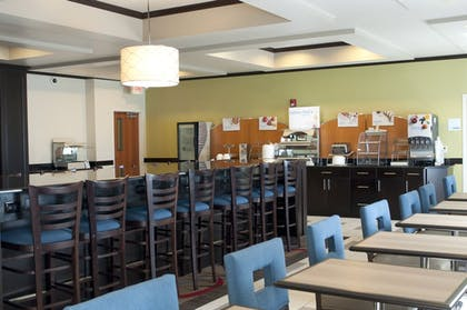 Restaurant | Holiday Inn Express Hotel & Suites Ankeny-Des Moines