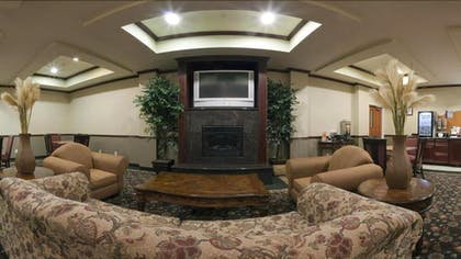 Hotel Lounge | Holiday Inn Express Hotel & Suites Ankeny-Des Moines
