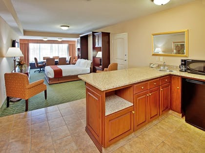 Featured Image   Holiday Inn Express Hotel & Suites Cape Girardeau I-55