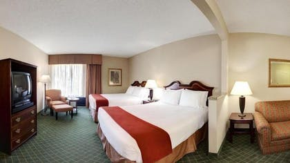 Guestroom   Holiday Inn Express Hotel & Suites Cape Girardeau I-55