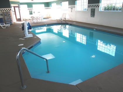 Pool | The Ashley Inn & Suites