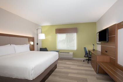 Room | Holiday Inn Express & Suites Amarillo