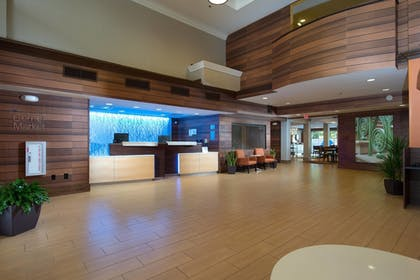 Lobby | Fairfield Inn & Suites Charleston North/Ashley Phosphate