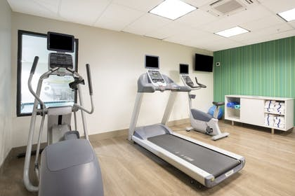 Fitness Facility | Holiday Inn Express Kansas City - at the Legends