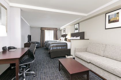 Guestroom | Wingate by Wyndham Athens Near Downtown