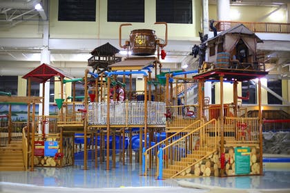 Featured Image | Great Wolf Lodge Bloomington
