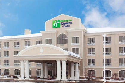 Featured Image | Holiday Inn Express Hotel & Suites Rockford-Loves Park