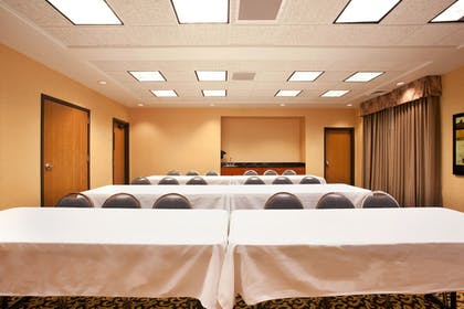 Meeting Facility | Holiday Inn Express Hotel & Suites Rockford-Loves Park