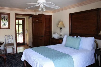 Guestroom | Solvang Gardens Lodge an Ascend Hotel Collection