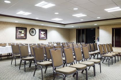 Meeting Facility   Quality Inn & Suites Airport North