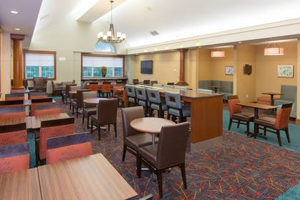 Restaurant | Residence Inn by Marriott Wayne