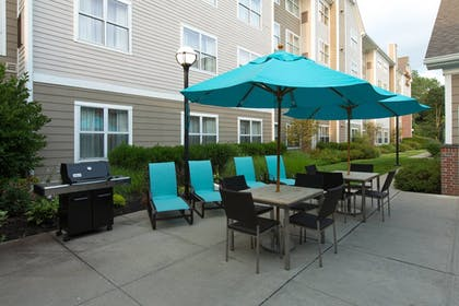 BBQ/Picnic Area | Residence Inn by Marriott Wayne