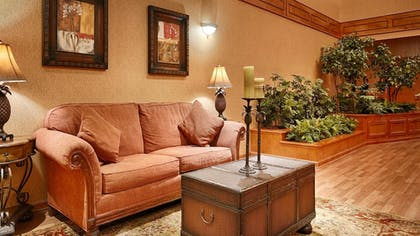 Lobby | Best Western Plus Bradbury Inn & Suites