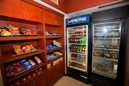 Snack Bar | Fairfield Inn & Suites by Marriott Birmingham Fultondale/I65