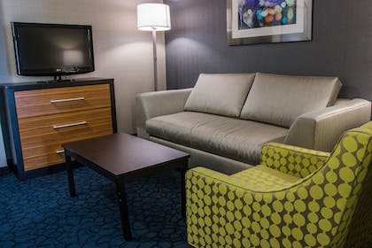 Guestroom   Holiday Inn Express & Suites Jackson