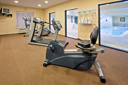 Fitness Facility   Holiday Inn Express Suites Clifton Park
