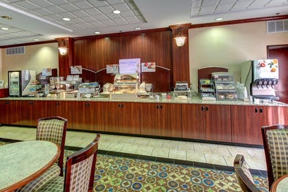 Breakfast Area | Holiday Inn Express Hotel & Suites San Angelo