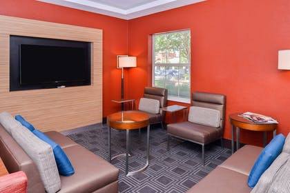 Hotel Bar | TownePlace Suites by Marriott Ontario Airport