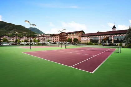 Sports Facility | Zermatt Utah Resort & Spa Trademark Collection by Wyndham