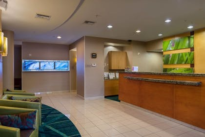 Lobby | SpringHill Suites by Marriott St. Petersburg Clearwater