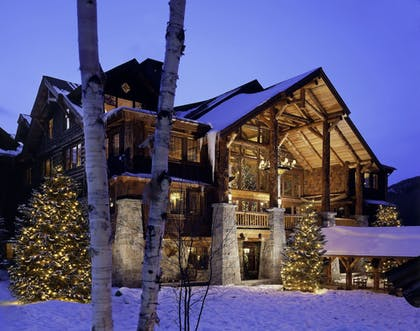 Featured Image | The Whiteface Lodge