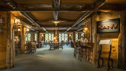 Restaurant | The Whiteface Lodge