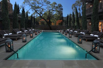 Outdoor Pool | Hotel Yountville