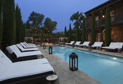 Featured Image | Hotel Yountville