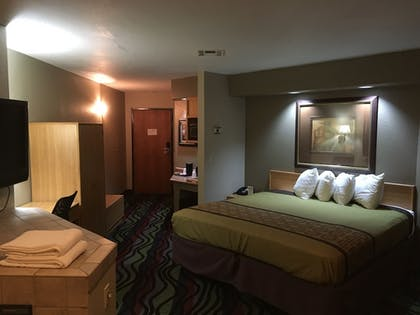Property Amenity   Apple Tree Inn and Suites