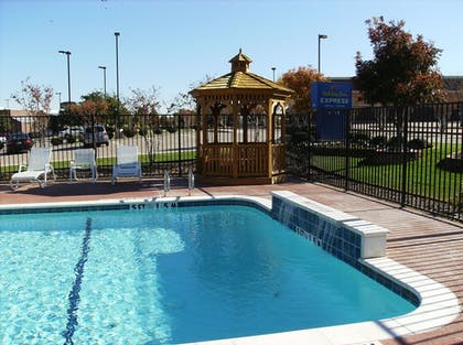 Outdoor Pool | Holiday Inn Express Hotel & Suites Dallas-Grand Prairie I-20
