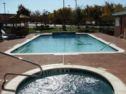 Outdoor Spa Tub | Holiday Inn Express Hotel & Suites Dallas-Grand Prairie I-20