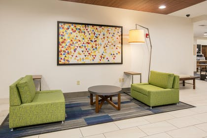 Lobby | Holiday Inn Express Hotel & Suites Dallas-Grand Prairie I-20