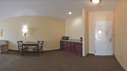 Living Area | Holiday Inn Express Hotel & Suites Ft. Collins