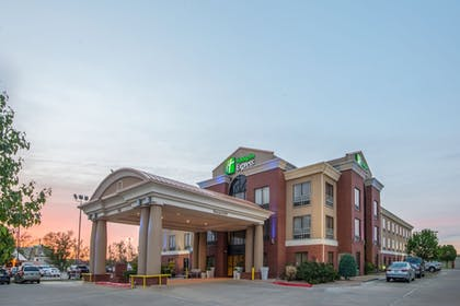Exterior | Holiday Inn Express Hotel & Suites Enid - Highway 412