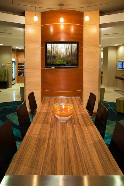Hotel Bar | SpringHill Suites by Marriott Annapolis