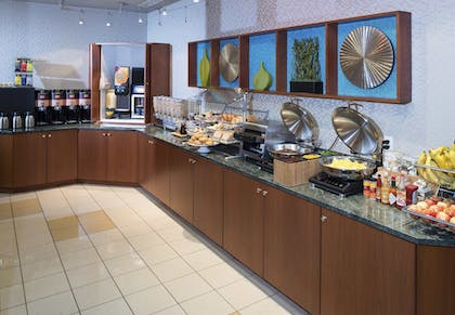 Breakfast Area | SpringHill Suites by Marriott Annapolis