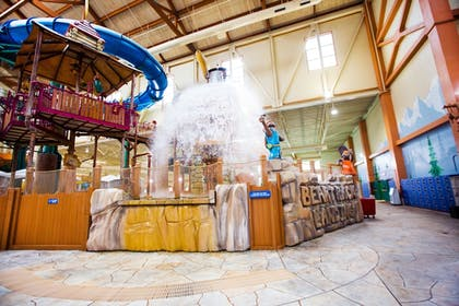 Featured Image | Great Wolf Lodge Pocono Mountains, PA