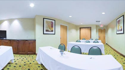 Meeting Facility | Holiday Inn Express Hardeeville