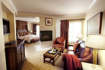 Living Area | The Meritage Resort and Spa