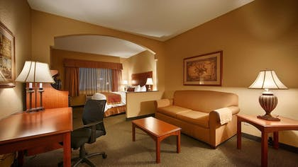 Room | Best Western Plus Victoria Inn & Suites