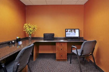 Business Center | Fairfield Inn & Suites by Marriott Fairfield Napa Valley