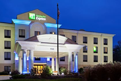 Exterior | Holiday Inn Express Knoxville-Strawberry Plains