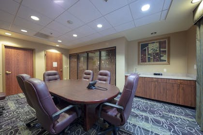 Meeting Facility | La Quinta Inn & Suites by Wyndham Springfield Airport Plaza