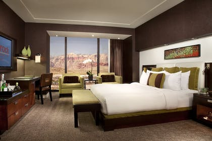 | Signature Suite - One King Bed + Deluxe Room - Two Queen Beds | Red Rock Casino, Resort and Spa