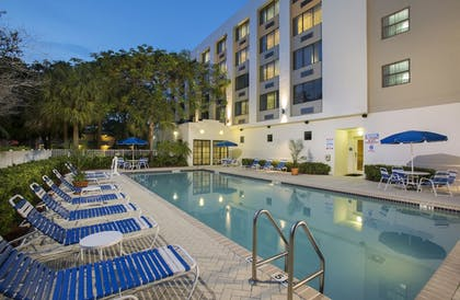 Pool | Holiday Inn Express Hotel & Suites Ft. Lauderdale-Plantation