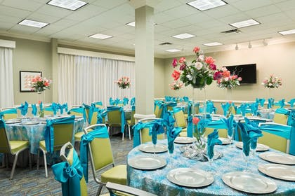Banquet Hall | Holiday Inn Express Hotel & Suites Ft. Lauderdale-Plantation