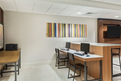 Business Center | Holiday Inn Express Hotel & Suites Ft. Lauderdale-Plantation